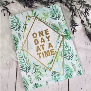 Agenda/ Planner - One day at a time